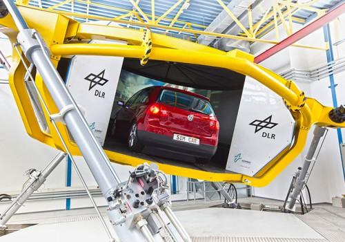 DLR Braunschweig – Dynamischer Fahrsimulator