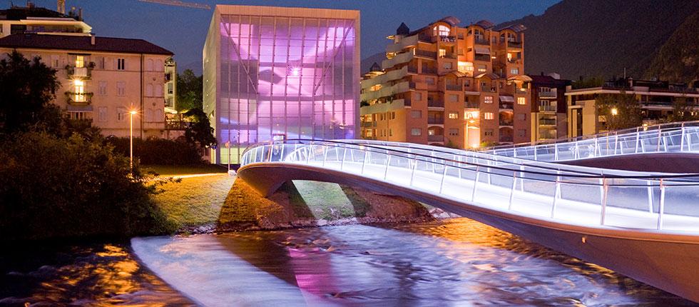 MUSEION Bozen: Interaktive Medienfassade - Museum für moderne und zeitgenössische Kunst