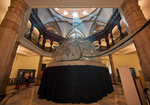 DomeLab: 3D-Fulldome-Kuppelprojektionssystem