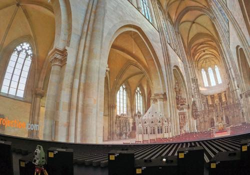 Projektionsdom Der WTD 81 In Greding Mit Testprojektion Des Magdeburger Doms